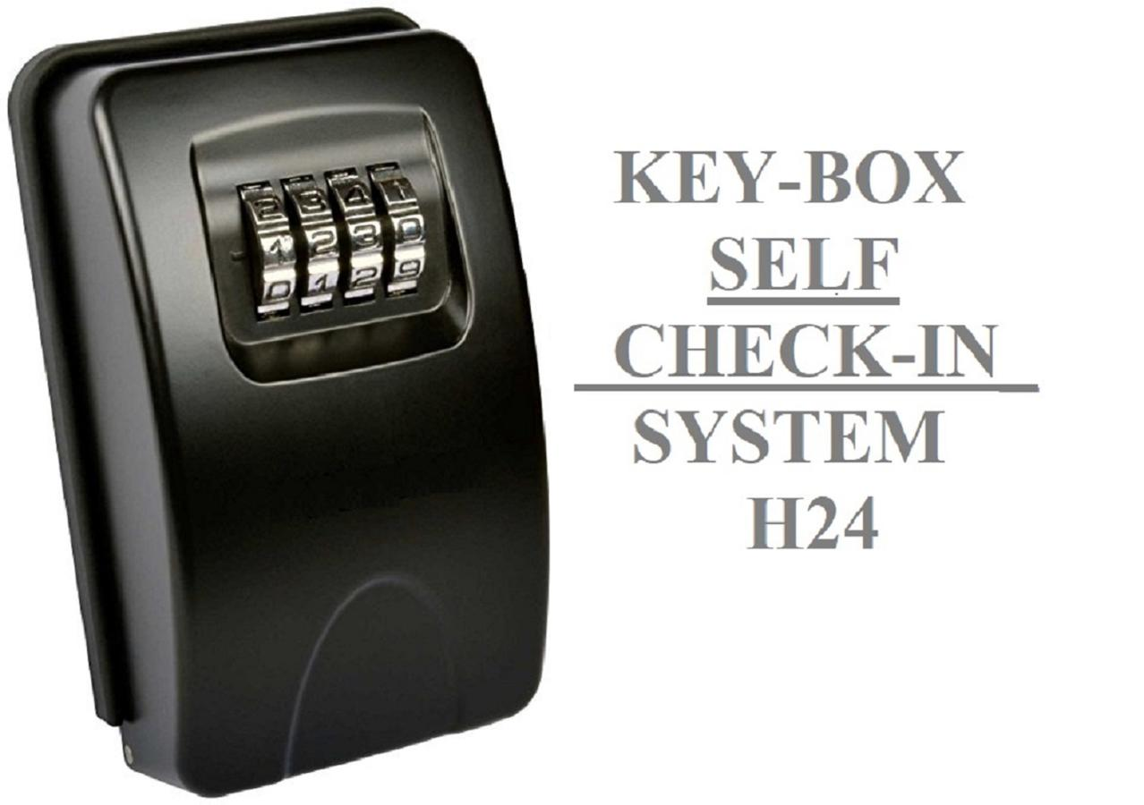 Self check-in h24